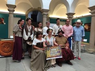La actriz Anabel Alonso amadrina la representaci�n popular de 'El alcalde de Zalamea'