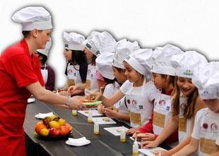 El certamen 'Gastrom�sica 2014' incluir� como novedad un concurso de cocina para ni�os