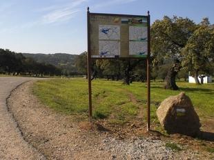 Barcarrota ofrece diez rutas medioambientales dise�adas y se�alizadas por sus caminos naturales