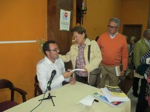 La Diputaci�n de Badajoz edita el libro ''La Ense�anza P�blica en Los Santos de Maimona''