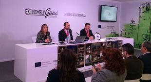 La provincia de Badajoz estrena web de Turismo y tres ''app'' monogr�ficas sobre toros, vino y patrimonio