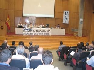 Serviliano Valencia, secretario general de la Asociaci�n Unificada de Guardias Civiles de Badajoz