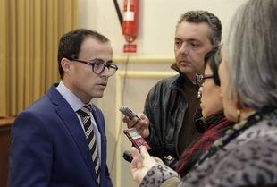 El presidente de la Diputaci�n de Badajoz expresa su solidaridad con los trabajadores de la mina de Monesterio