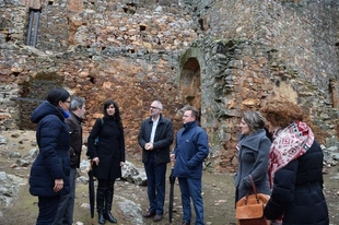 El Castillo de Herrera del Duque se beneficia de trabajos que consolidan su estructura y mejoran su acceso