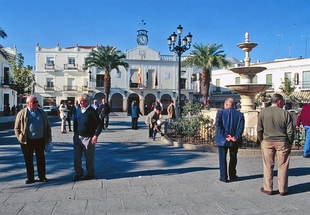 La Diputaci�n de Badajoz apoya la puesta en marcha de planes municipales de participaci�n ciudadana