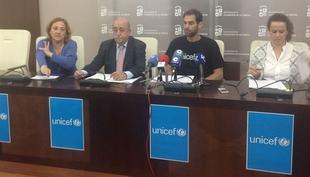 Jos� Manuel Calder�n resalta las ''oportunidades'' que da UNICEF a los ni�os que sufren emergencias humanitarias