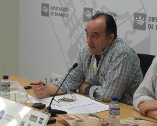 Valent�n Cort�s dice que el PSOE no se ha presentado a las elecciones ''para refrendar el proyecto del PP''