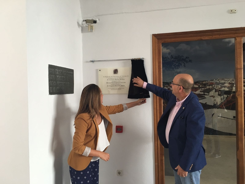 Badajoz provincia jerez de los caballeros inaugura su for Oficina turismo jerez