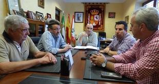 Alcaldes de la Campi�a Sur (Badajoz) y del Alto Guadiato (C�rdoba) se unen para reivindicar la autov�a A-81