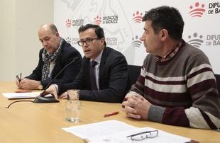 La Diputación de Badajoz destina 75.000 euros a la renovación del convenio con la Asociación Extremeña de Artesanos