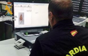 Una detenida por robo de más de 6.000 euros en joyas y 5.000 euros en metálico en casas de amigas en Azuaga