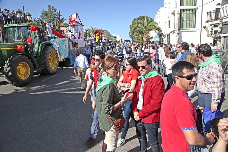 Una carroza con la recreación de Dumbo gana el desfile de la Romería de Piedraescrita de Campanario