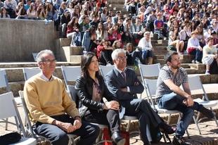 Esther Gutiérrez acompaña a alumnos de Talarrubias en el Festival Teatro Grecolatino de Mérida
