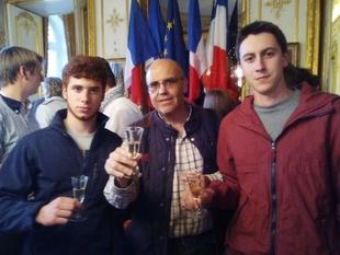 Alumnos de Villafranca de los Barros (Badajoz) participan en la European Wine Championship celebrada en Francia