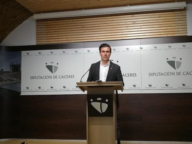 La Diputación de Cáceres destina ocho millones de euros a la conservación y mantenimiento de la red viaria provincial