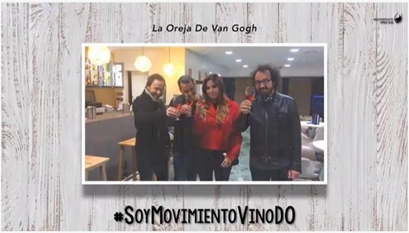 Artistas musicales participan en una campaña para apoyar el Movimiento Vino DO, que se celebra el sábado en Almendralejo