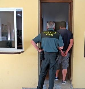 Siete detenidos e investigados acusados de siete robos en establecimientos de Villafranca de los Barros