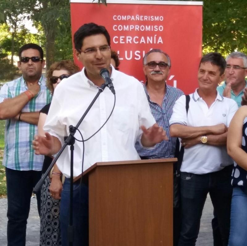 Díaz Farías presenta su precandidatura a liderar el PSOE de Badajoz como una opción ''de cambio'' y ''libre de tutelas''