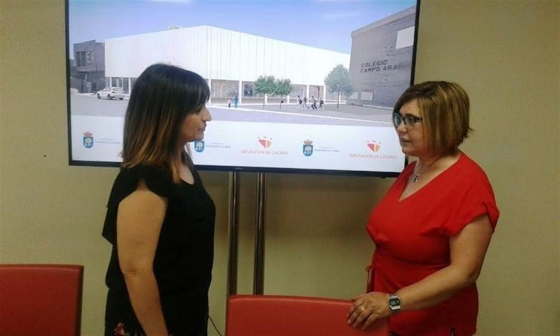 La Diputación de Cáceres invierte 556.000 euros en un carril bici y una cubierta deportiva en Navalmoral de la Mata