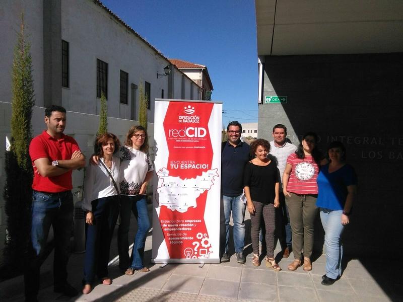 La Escuela Profesional Río Gévora de La Codosera visita el Centro Integral de Desarrollo Lácara los Baldíos