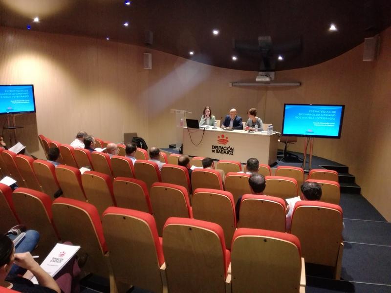 La Diputación trabaja en el proceso participativo EDUSIS para Mérida y Villanueva de la Serena