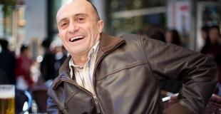 Pepe Viyuela se sube el próximo viernes a la escena de la Sala Trajano de Mérida para representar 'Marmol'
