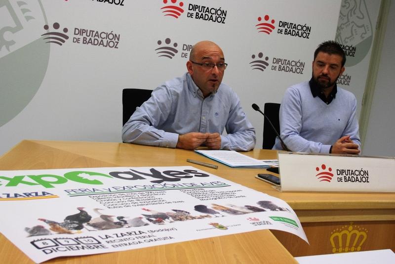 La Diputación de Badajoz participa en la feria ExpoAves de la Zarza