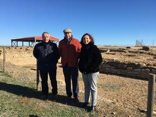 La Diputación de Badajoz se interesa por las posibilidades turísticas del yacimiento Contributa Iulia Ugultunia