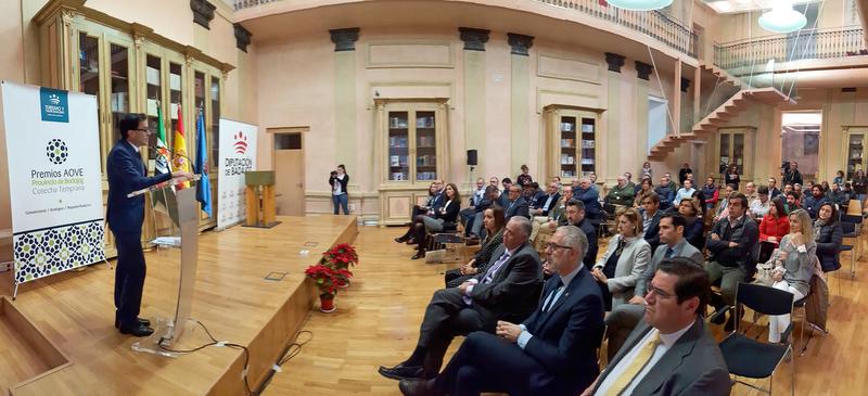 ''Úmm'',''MM Ecológico'' y ''El Lagar de Casarente'', premiados en la Cata-Concurso de aceites de oliva organizada por la Diputación