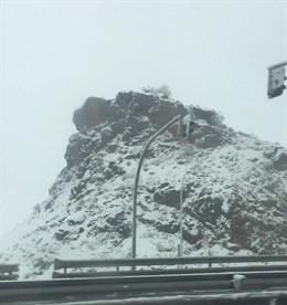 El 112 de Extremadura activa la alerta amarilla por nieve en el norte de Cáceres para este sábado