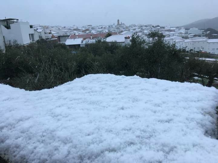 Información por nevada de poca intensidad en las Carreteras Provinciales BA-039 y BA-109