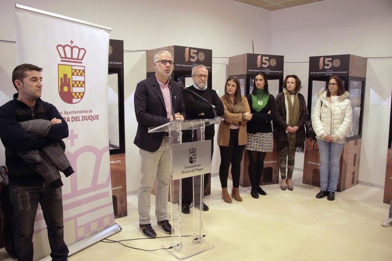 La exposición sobre el 150 aniversario del Museo Arqueológico recala en Herrera del Duque