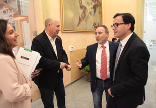 La Junta y la Diputación se reúnen para aunar esfuerzos para la promoción turística de Extremadura