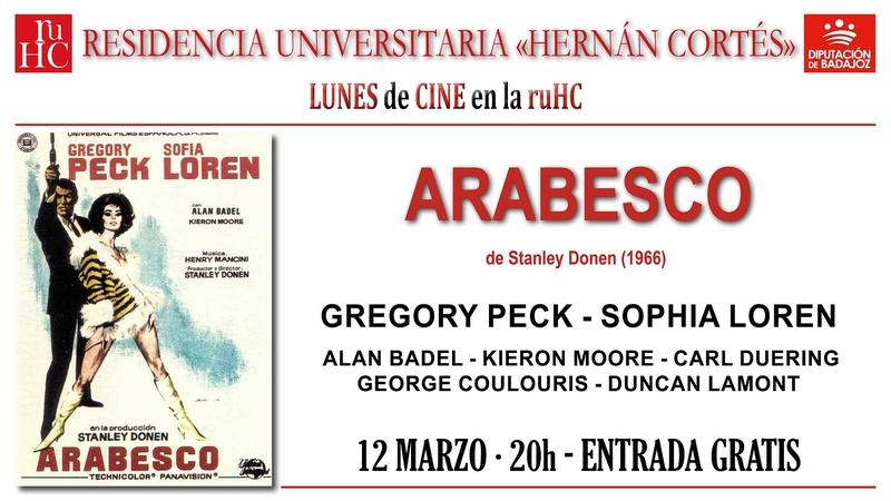 Cine en la R.U. Hernán Cortés con ''Arabesco'' de Stanley Donen