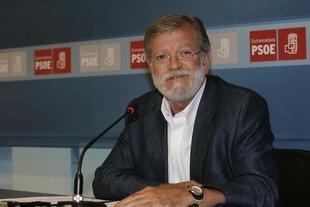 Ibarra interviene este jueves en Mérida en la presentación de dos libros sobre el PSOE y la transición