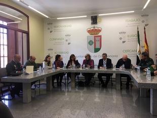 La delegada del Gobierno resalta el descenso del 40% en el índice de delitos graves y menos graves en Campanario