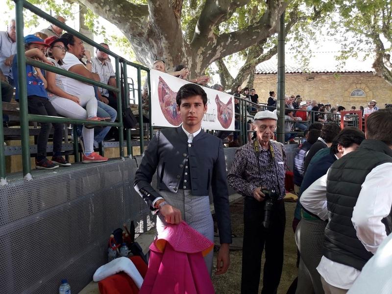 Alejandro Rivero, alumno de la Escuela Taurina de la Diputación, ganador del Bolsín Métropole de Nimes