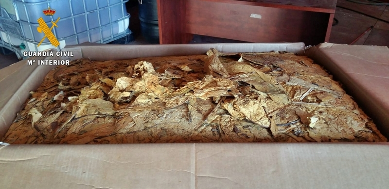 La Guardia Civil interviene 320 kg de tabaco semipicado, ante un supuesto delito de  contrabando
