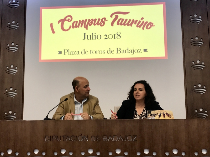 Una treintena de niños participarán en el I Campus Taurino de Badajoz