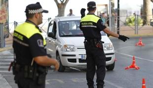 UGT alerta del ''estado de dejadez absoluto'' de la flota de vehículos de la Policía Local en Mérida