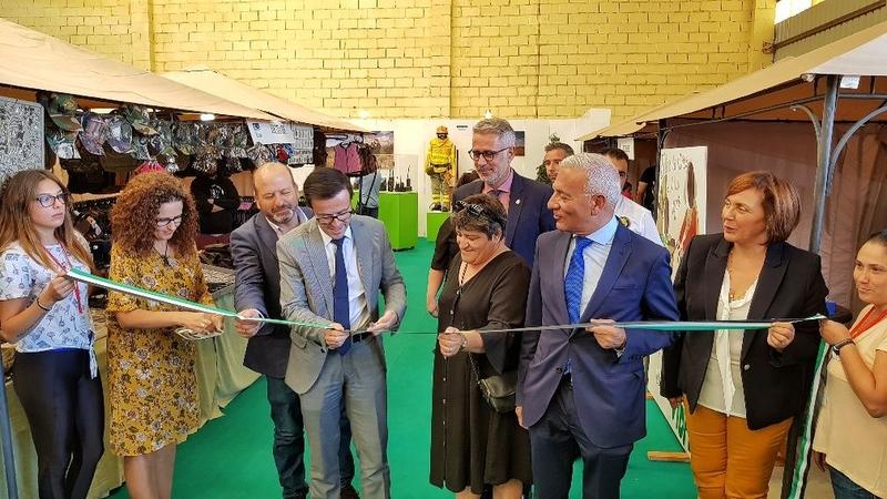 Gallardo anuncia en CITUR la licitación de las obras de la carretera de Helechosa de los Montes a Bohonal y Villarta