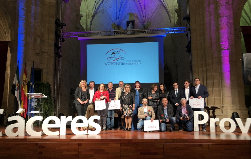 En la gala, la presidenta de la Diputación ha reivindicado ''fe y confianza'' en el mundo rural