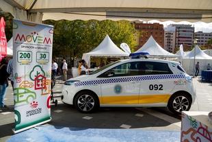 La Diputación de Badajoz entrega los primeros vehículos 100% eléctricos del Plan MOVEM