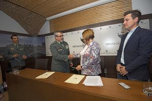 Diputación y Guardia civil firman un acuerdo para la realización de obras en acuartelamientos de la provincia