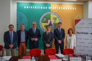 La Universidad y las principales empresas extremeñas diseñan la tercera edición de LinkEM