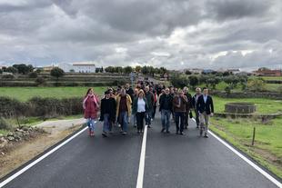 Inauguradas las obras de la carretera CC-27.1 de Plasenzuela a la N-521