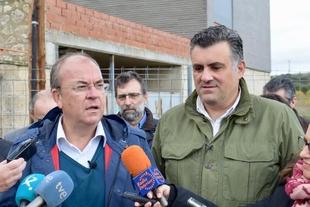 Monago: ''cuando gobiernan los socialistas en Lisboa y en Madrid vienen nubarrones'' a Extremadura