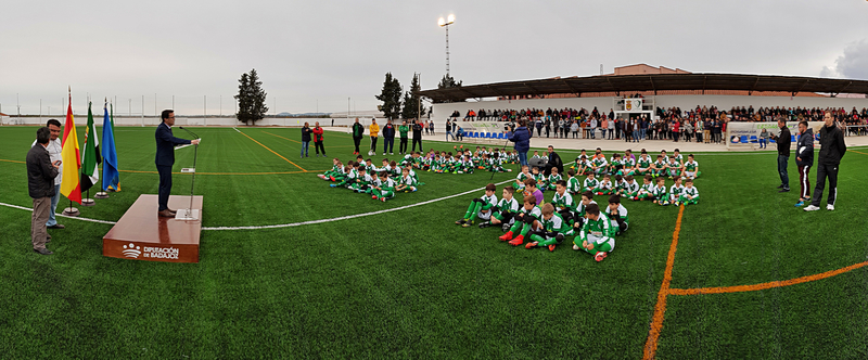 Valdivia estrena una infraestructura muy deseada: el campo de fútbol de césped artificial