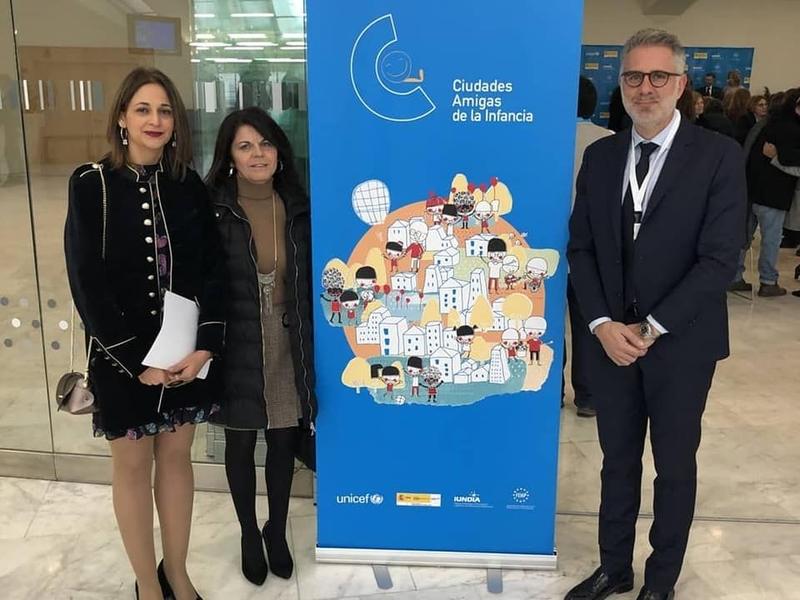 El Ayuntamiento de Herrera del Duque recibió en Oviedo el reconocimiento ''Ciudades Amigas de la Infancia''