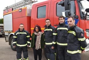 Nuevos trajes de intervención para los bomberos de la Diputación de Badajoz